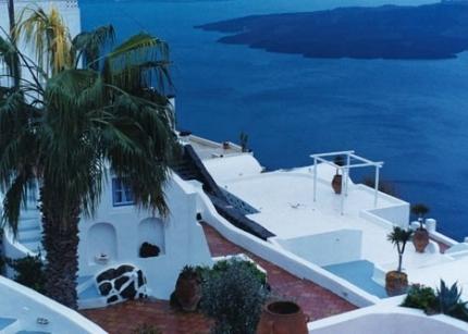 Santorini Hotel overlooking the sea
